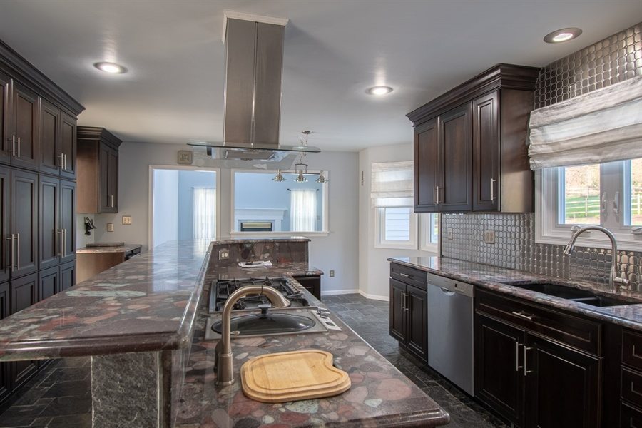 Real Estate Photography - 326 Nicola Ln, Hockessin, DE, 19707 - Kitchen w/ 2 sink and 2 ovens