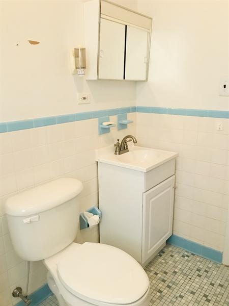 Real Estate Photography - 10 Hardy Rd, New Castle, DE, 19720 - Bathroom