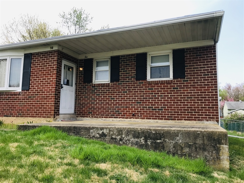 Real Estate Photography - 10 Hardy Rd, New Castle, DE, 19720 - Front Porch