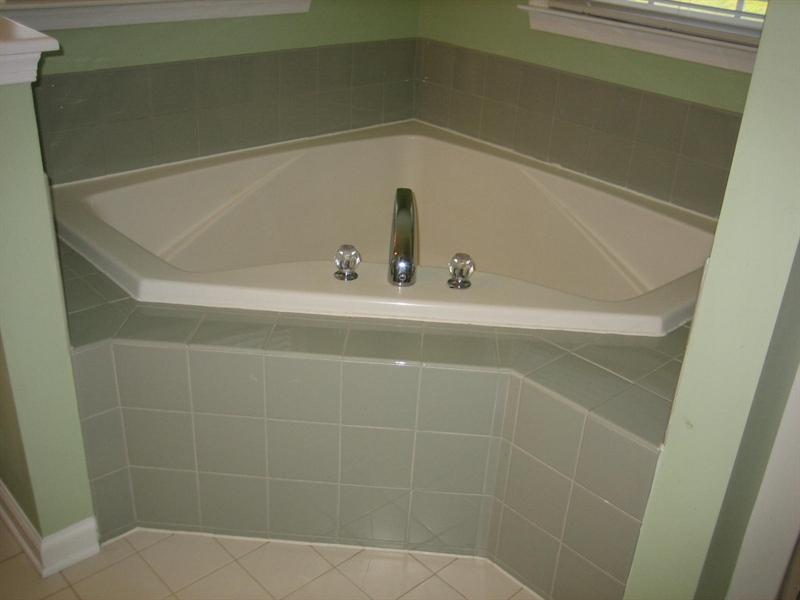 Real Estate Photography - 28 Oklahoma State Dr, Newark, DE, 19713 - Master bath