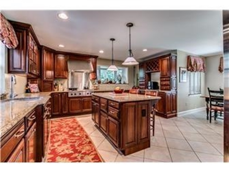 Real Estate Photography - 103 Brookmeadow Rd, Greenville, DE, 19807 - Kitchen w Custom Cabinets and Large Center Island