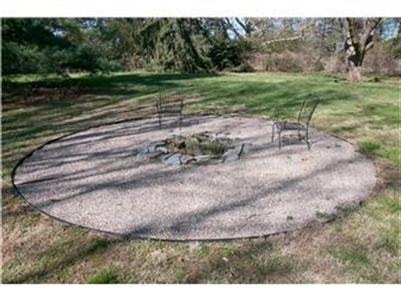 Real Estate Photography - 103 Brookmeadow Rd, Greenville, DE, 19807 - Fire Pit