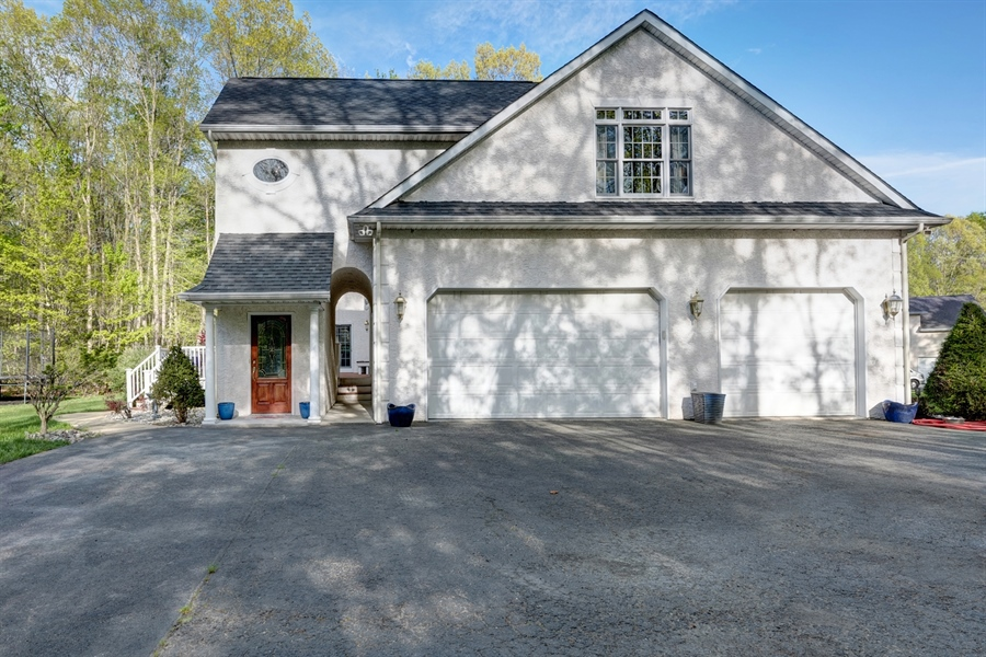 Real Estate Photography - 72 Woodholme Way, Elkton, MD, 21921 - 3 CAR GARAGE, ENTRANCE TO IN LAW, OFFICE/BUSINESS