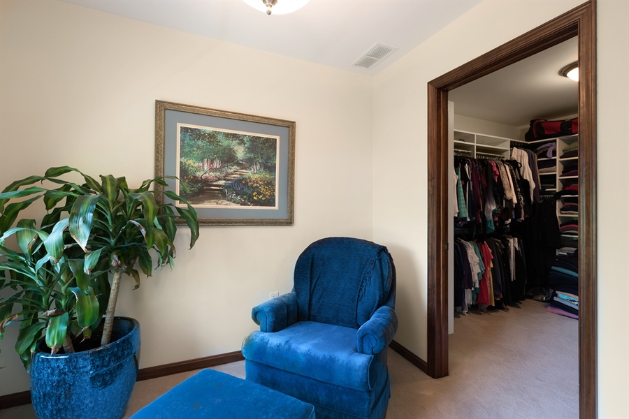 Real Estate Photography - 72 Woodholme Way, Elkton, MD, 21921 - SITTING AREA, WALK IN CLOSET