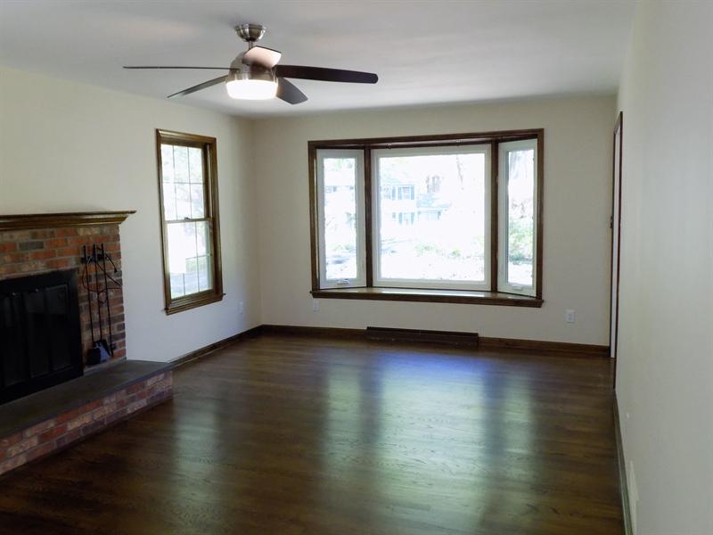 Real Estate Photography - 3 Orion Ct, Newark, DE, 19711 - Living room