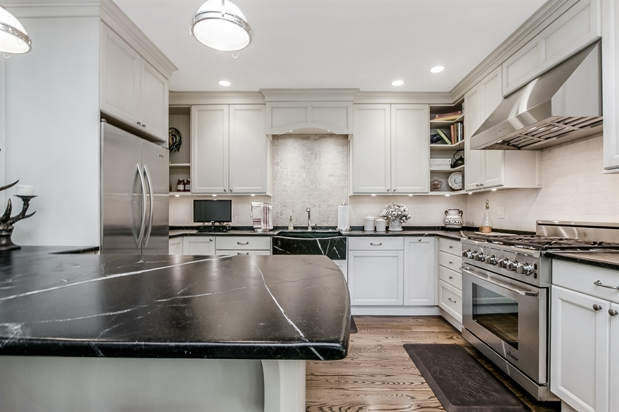 Real Estate Photography - 5 Boysenberry Dr, Hockessin, DE, 19707 - Kitchen with High End Appliances