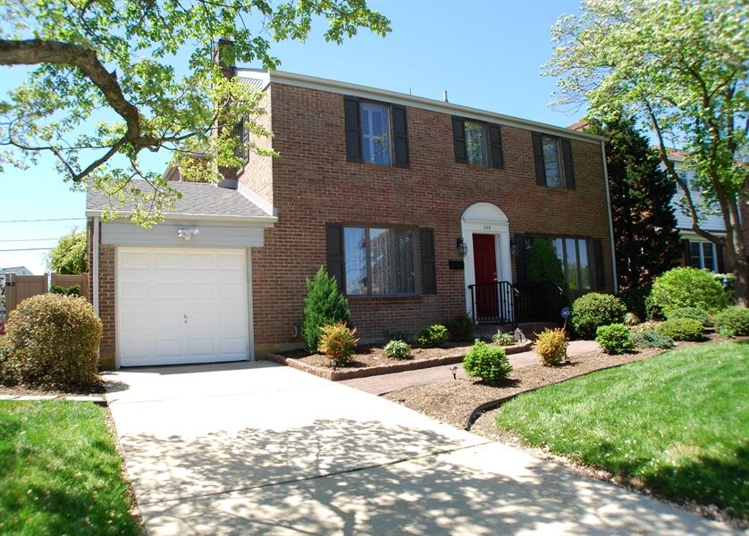 Real Estate Photography - 108 Fairfax Blvd, Wilmington, DE, 19803 - Location 1