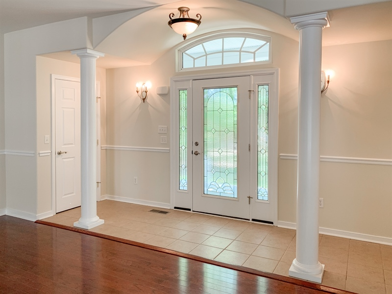 Real Estate Photography - 20835 Bull Pine Rd, Georgetown, DE, 19947 - Grand Foyer Entry