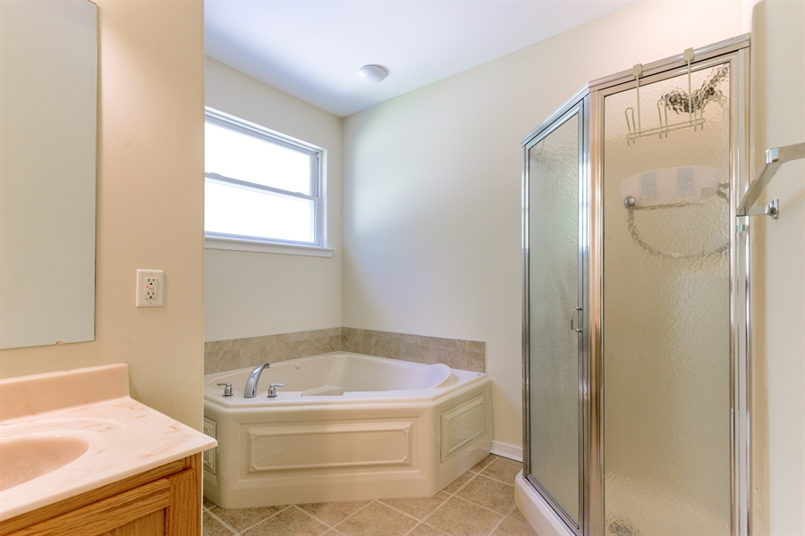Real Estate Photography - 20835 Bull Pine Rd, Georgetown, DE, 19947 - Master Bath