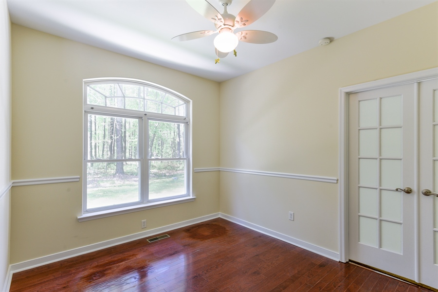 Real Estate Photography - 20835 Bull Pine Rd, Georgetown, DE, 19947 - Sitting Room