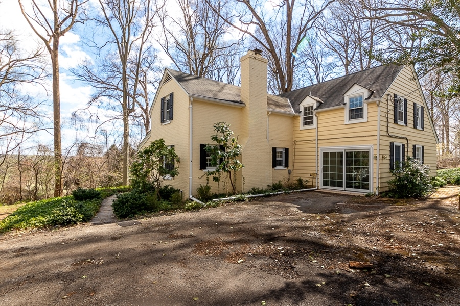 Real Estate Photography - 310 Kennett Pike, Chadds Ford, PA, 19317 - Location 4