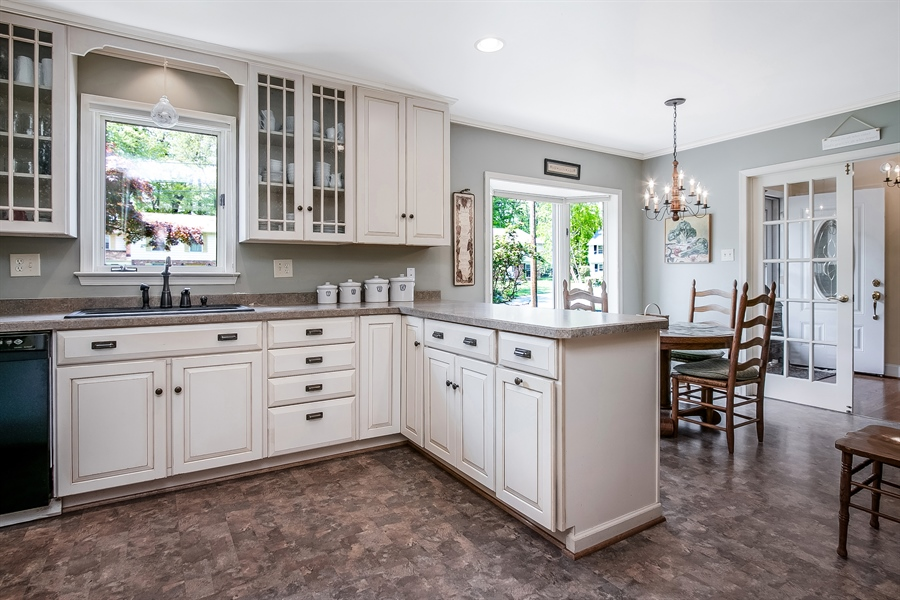 Real Estate Photography - 220 Stonecrop Rd, Wilmington, DE, 19810 - Lots Of Cabinets!