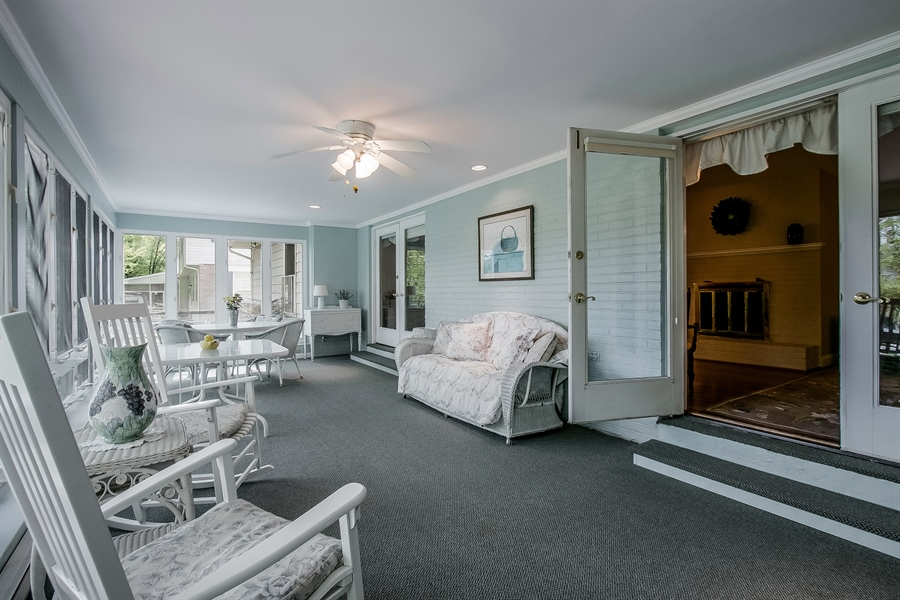 Real Estate Photography - 220 Stonecrop Rd, Wilmington, DE, 19810 - Light And Bright!