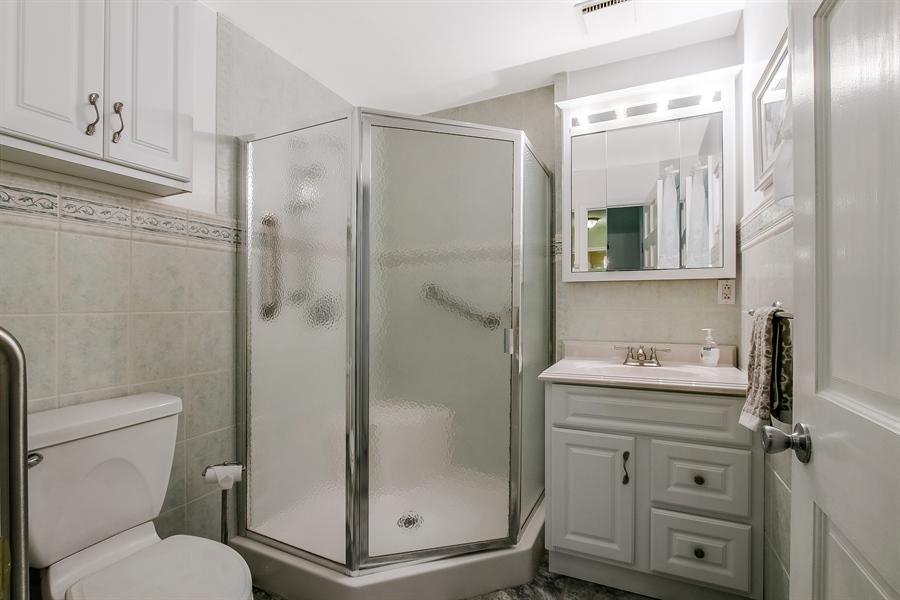 Real Estate Photography - 220 Stonecrop Rd, Wilmington, DE, 19810 - Updated Master Bath