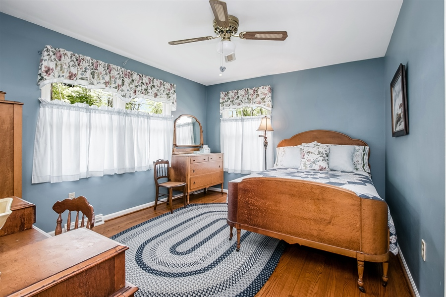 Real Estate Photography - 220 Stonecrop Rd, Wilmington, DE, 19810 - Spacious Second Bedroom