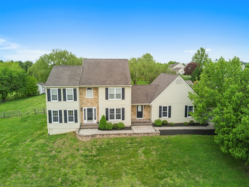 Real Estate Photography - 104 Yorkshire Ct, Middletown, DE, 19709 - Location 1
