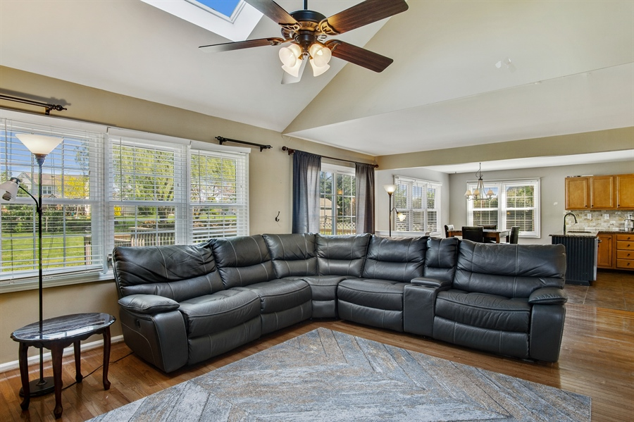 Real Estate Photography - 104 Yorkshire Ct, Middletown, DE, 19709 - Cathedral family room with skylights