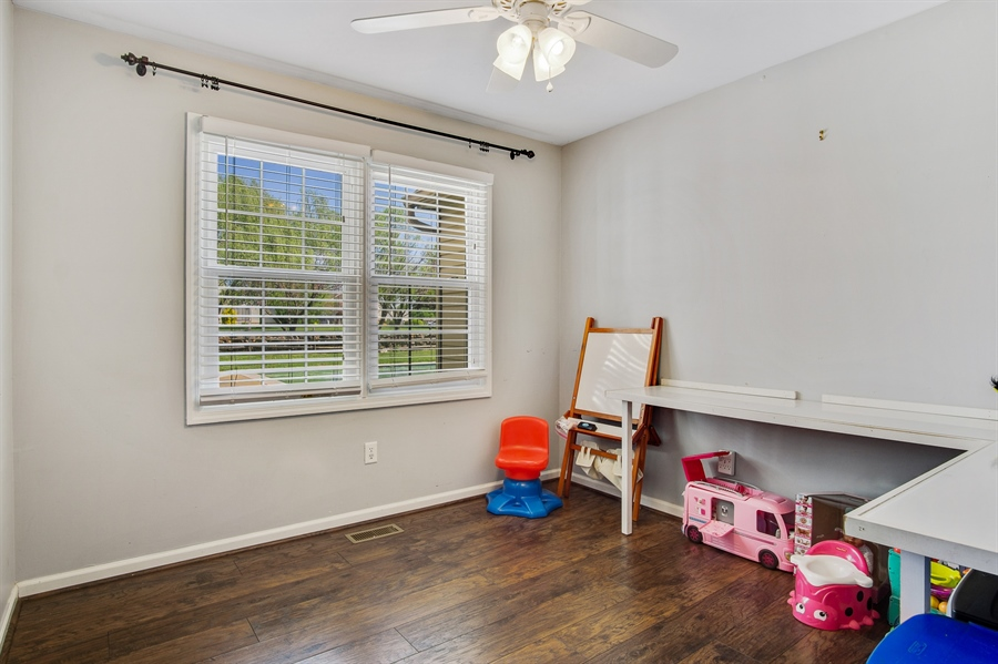 Real Estate Photography - 104 Yorkshire Ct, Middletown, DE, 19709 - Private office or playroom