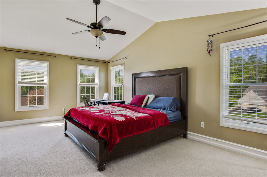 Real Estate Photography - 104 Yorkshire Ct, Middletown, DE, 19709 - Master with cathedral ceiling