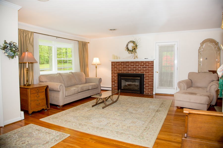 Real Estate Photography - 10 N Parkway, Elkton, MD, 21921 - Location 3