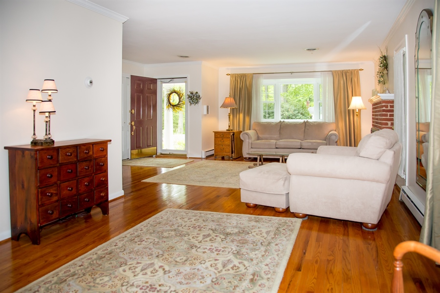 Real Estate Photography - 10 N Parkway, Elkton, MD, 21921 - Location 4