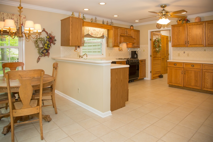 Real Estate Photography - 10 N Parkway, Elkton, MD, 21921 - Location 8