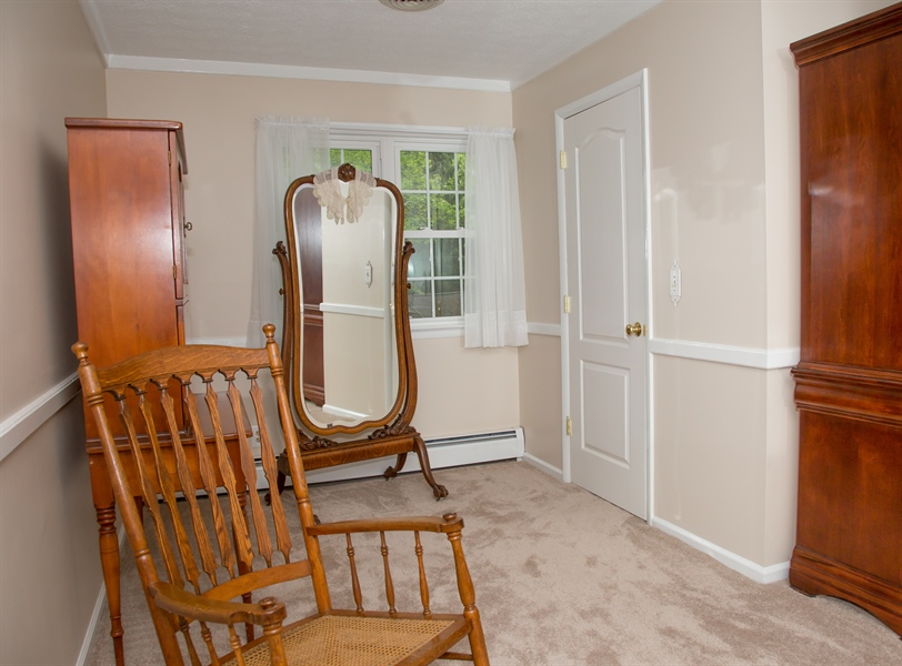 Real Estate Photography - 10 N Parkway, Elkton, MD, 21921 - Location 21