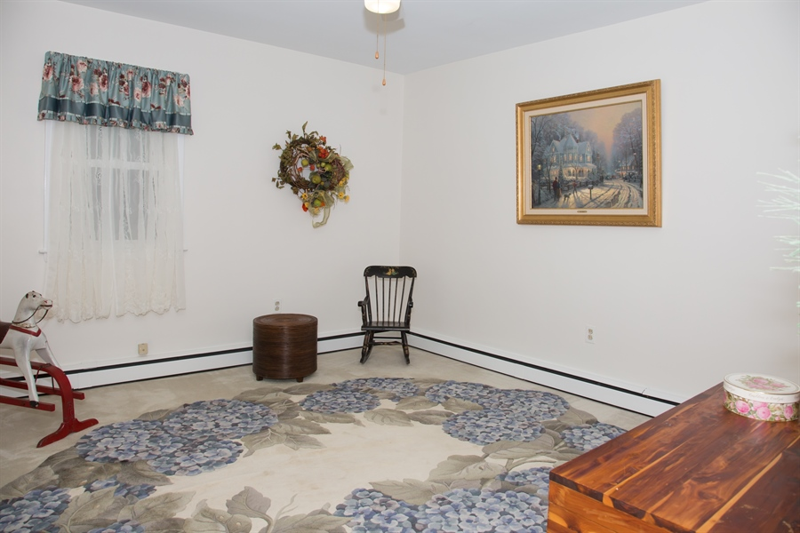 Real Estate Photography - 10 N Parkway, Elkton, MD, 21921 - Location 27