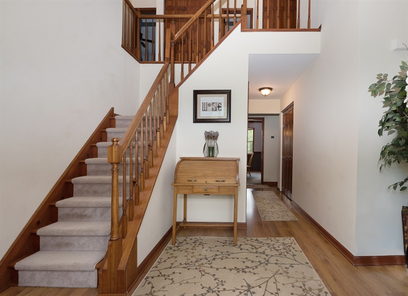 Real Estate Photography - 40 Middlecroft Rd, Elkton, MD, 21921 - SPACIOUS FOYER