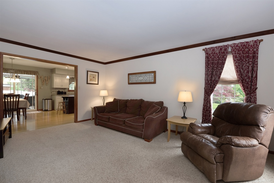 Real Estate Photography - 40 Middlecroft Rd, Elkton, MD, 21921 - FAMILY ROOM OPEN TO KITCHEN