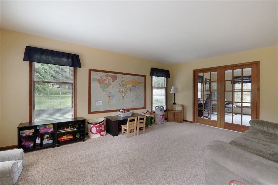 Real Estate Photography - 40 Middlecroft Rd, Elkton, MD, 21921 - LIVING ROOM/ PLAY ROOM, YOUR CHOICE!