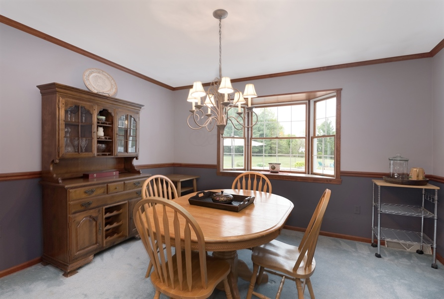 Real Estate Photography - 40 Middlecroft Rd, Elkton, MD, 21921 - FORMAL DINING