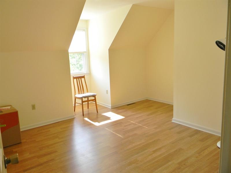 Real Estate Photography - 190 Kirkcaldy Dr, Elkton, MD, 21921 - 2nd floor Bedroom 2