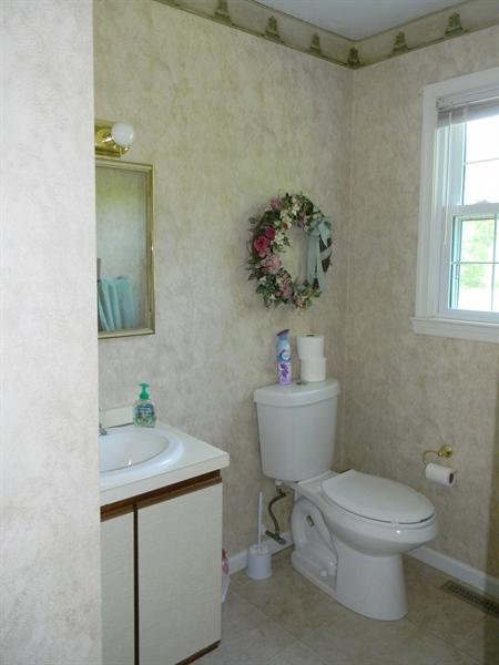 Real Estate Photography - 190 Kirkcaldy Dr, Elkton, MD, 21921 - Powder Rm.