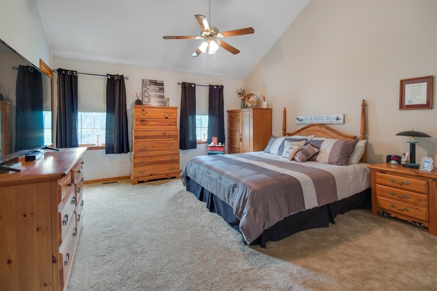 Real Estate Photography - 1436 Oldfield Point Rd, Elkton, MD, 21921 - Master bedroom