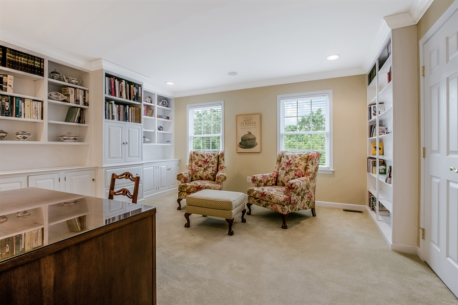 Real Estate Photography - 102 Five Farms Cir, Avondale, PA, 19311 - Location 20