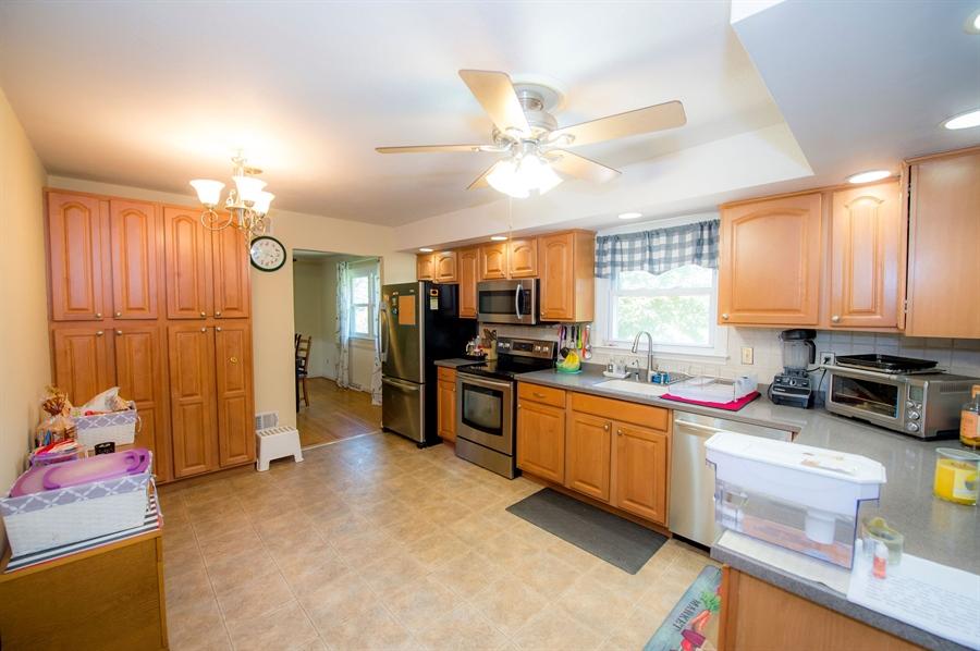 Real Estate Photography - 3123 Albemarle Rd, Wilmington, DE, 19808 - Location 8