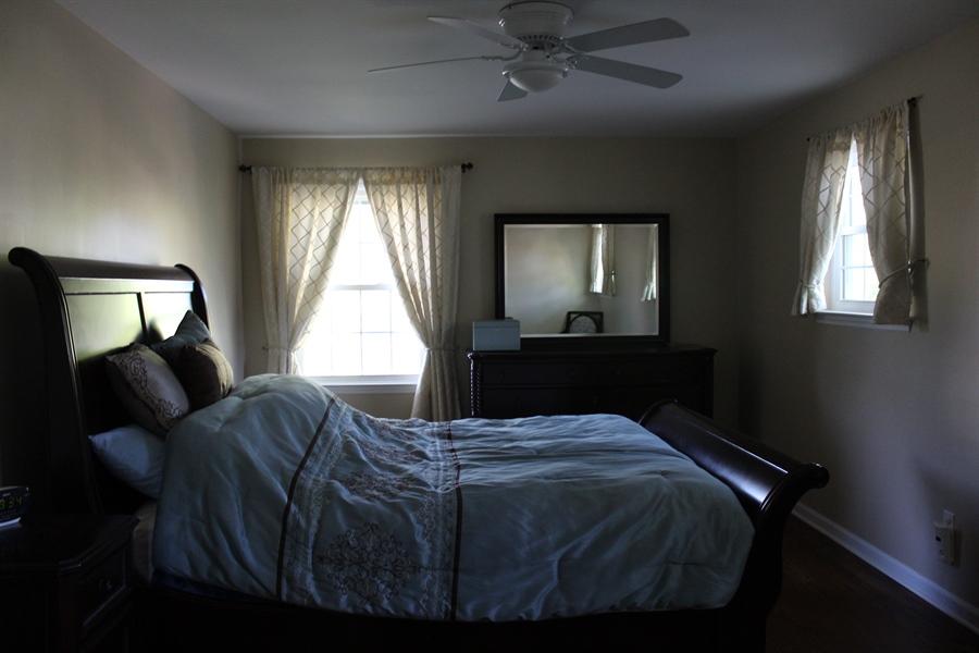 Real Estate Photography - 2601 Pin Oak Dr, Wilmington, DE, 19810 - Main Bedroom