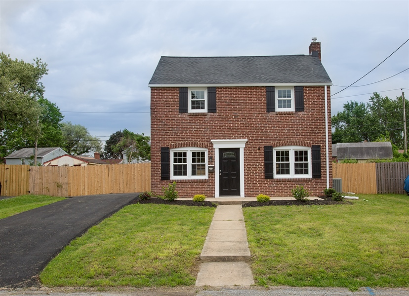 Real Estate Photography - 305 Stahl Ave, New Castle, DE, 19720 - Location 1