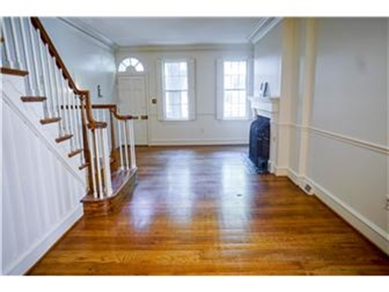 Real Estate Photography - 925 Lovering Ave, Wilmington, DE, 19806 - Location 4