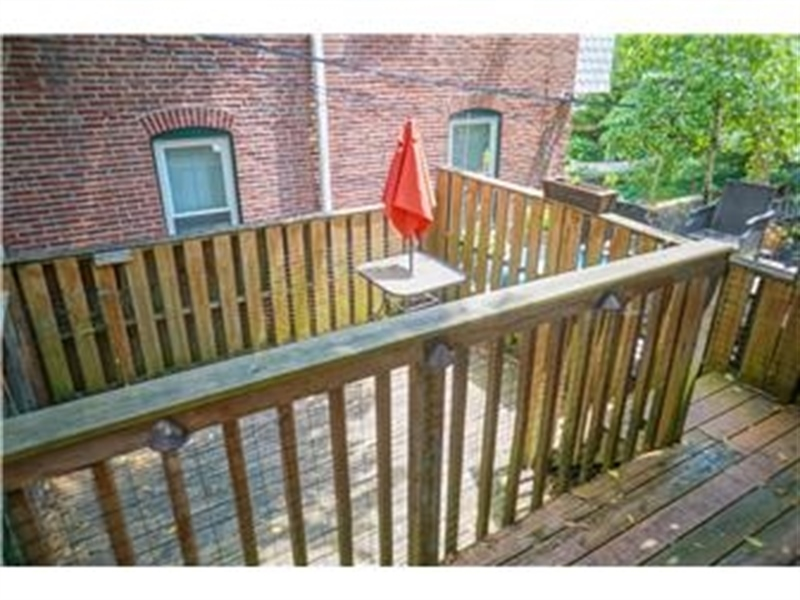 Real Estate Photography - 925 Lovering Ave, Wilmington, DE, 19806 - Location 10