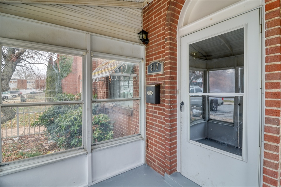 Real Estate Photography - 817 N Lombard St, Wilmington, DE, 19801 - Location 2