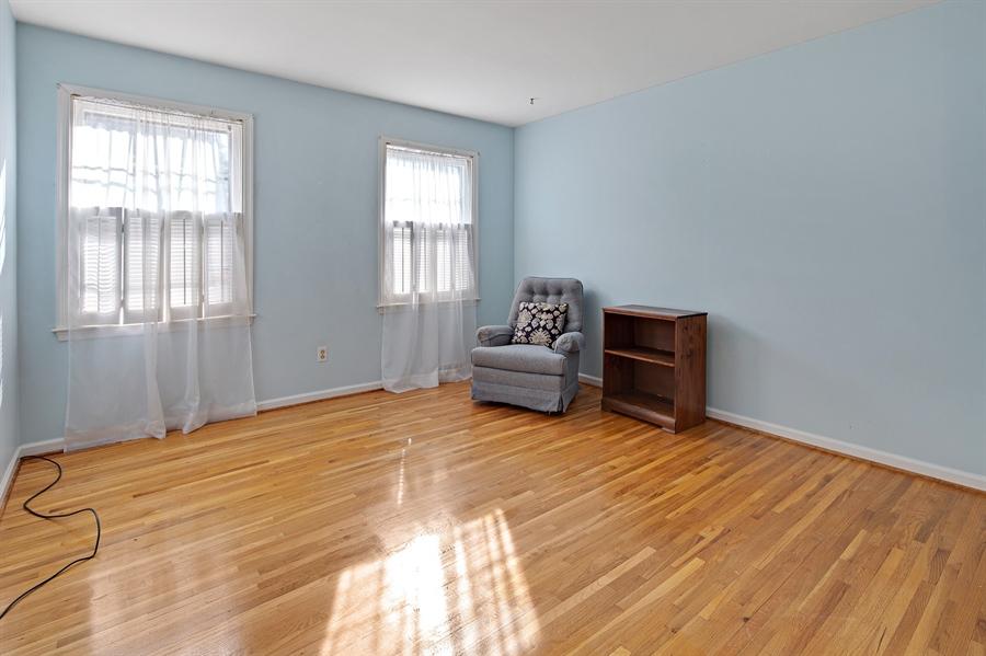 Real Estate Photography - 614 Normans Ln, Newark, DE, 19711 - Second floor bedroom