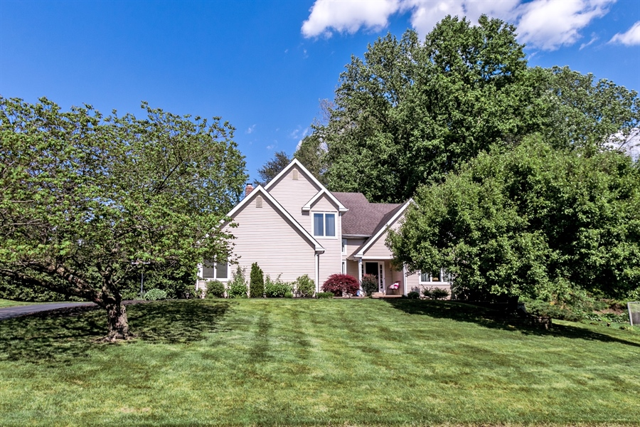 Real Estate Photography - 734 Lora Ln, Hockessin, DE, 19707 - Location 1