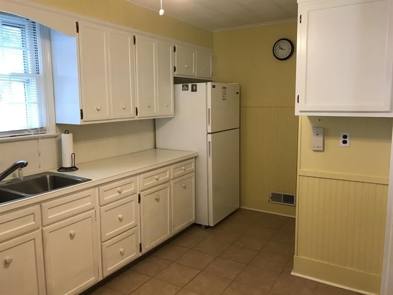 Real Estate Photography - 721 Edgemoor Rd, Wilmington, DE, 19809 - Location 8