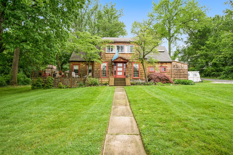 Real Estate Photography - 203 Grandview Ave, Wilmington, DE, 19809 - Front View