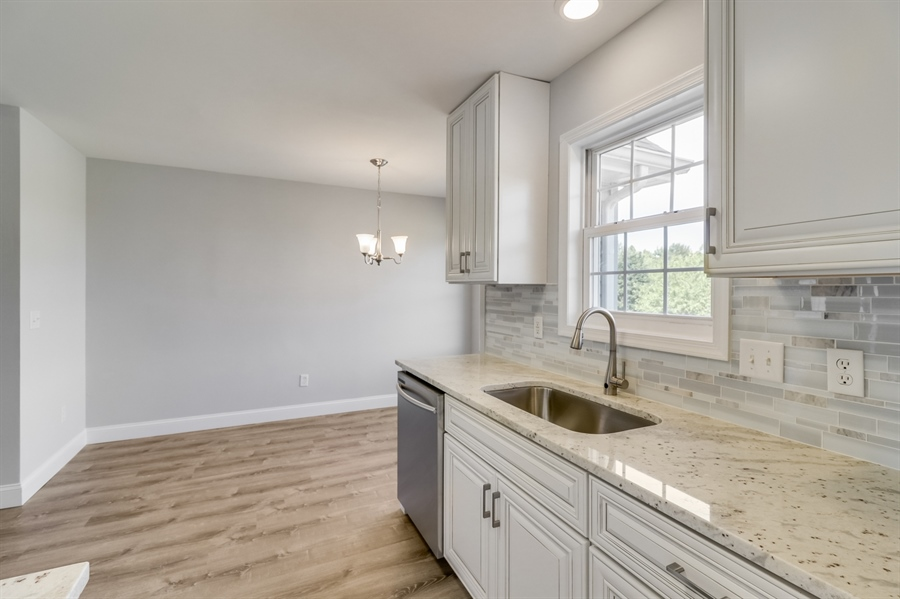 Real Estate Photography - 81 Goshawk Ln, Camden Wyoming, DE, 19934 - Granite countertops