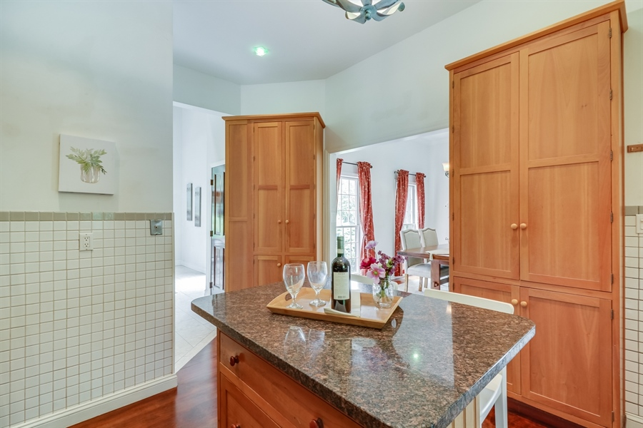 Real Estate Photography - 827 Locust Point Rd, Elkton, MD, 21921 - Kitchen