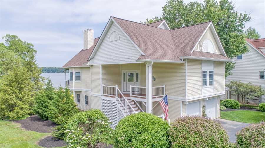 Real Estate Photography - 64 Shipwatch Ln, Chesapeake City, MD, 21915 - BEAUTIFUL COVERED ENTRANCE
