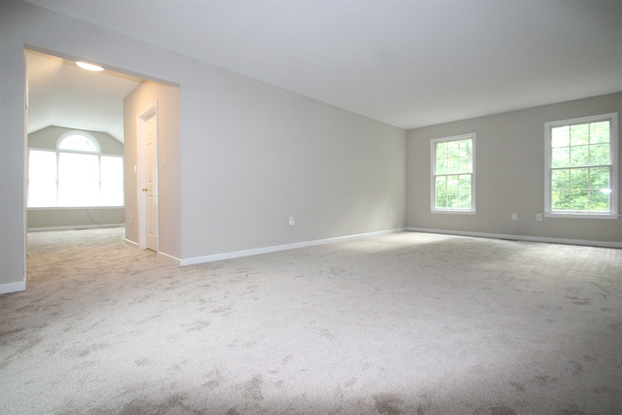 Real Estate Photography - 22 E Periwinkle Ln, Newark, DE, 19711 - Master Bedroom